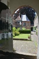 Sint Anna Aalmoeshuishofje 1